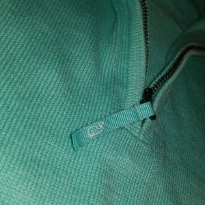 Vineyard Vines Sweaters - Vineyard Vines 🐳 Women's sweater size small